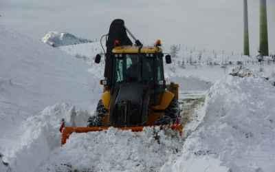 Уборка улиц и дорог от снега, экскаватор-погрузчик, гидромолот - Тамбов, цены, предложения специалистов